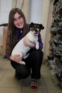 Hertta-koiran omistaja Heidi Örling keräsi 360 nimen adressin Piikkiön koirapuiston puolesta.