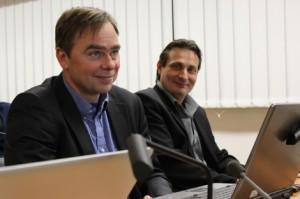 Budjetti meni läpi kaupunginhallituksessa kolmannella neuvottelukierroksella. Kuvassa kaupunginhallituksen puheenjohtaja Vesa Mäki (kok) ja puoluetoveri Kari Friman.