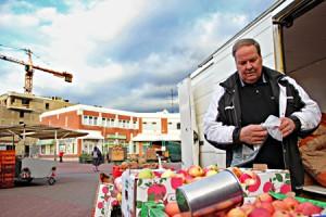 Touko Virtanen suunnittelee lopettavansa talvimyynnin Kaarinan torilla