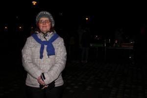 Ympäristöasioista kiinnostunut Marita Vallenius tuli Earth Hour -tapahtumaan Piispanlähteen lastentalolle lauantaina. Kuvaaja: Anna Parviainen