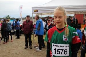 Paimion Rastin Milja Väätäjä veti voiton 14-vuotiaiden ja nuorempien sarjassa Silja-Rasteilla. Kisassa oli sarjoja yhteensä 46 ikäryhmittäin. Kuvaaja: Anna Parviainen