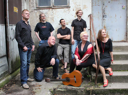 Bossalino soittaa suomenkielistä Bossa Novaa Kaarina-Teatterissa ensi viikolla.