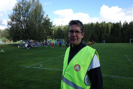 Kaarinan Nappuloiden puheenjohtaja Tommi Noponen on tyytyväinen pidettyyn lasten jalkapalloturnaukseen. –Tyttöjen joukkueita osallistui 34 ja poikien joukkueita 74. Pelaajia oli mukana yli 1050. Jos tässä turnauksessa ei ollut peli-iloa, niin ei sitten missään.