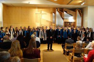 KaMu-kuoro johtajanaan Pekka Nebelung piti Josta olen kotoisin –levyn julkistamiskonsertin itsenäisyyspäivänä Kaarinan kirkossa.