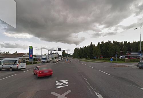Saaristotie Krossin yritysalueen kohdalla. Kuva: Google Maps.