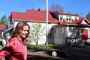 Kirjalan koulu muuttui Waudevillaksi: Saariston rengastien alkuun avautuu uusi anniskelukahvila